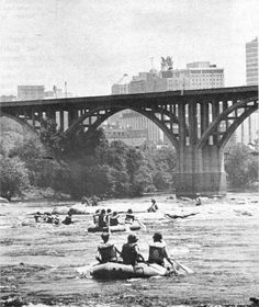 rva-madness:    Lee Bridge  Richmond, VA  1977
