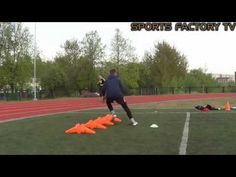 Specific Training for Goalkeepers ◘ Sports Factory ◘ Riga (HD) Oregon Ducks Football, Ohio State Football, Ohio State Buckeyes, College Football, Football Stuff, American Football, Goalkeeper Drills, Goalkeeper Training, Soccer Training