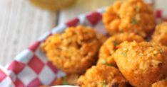 Buffalo Chicken Quinoa Bites With Greek Yogurt Blue Cheese Dip Blue Cheese, Cheddar Cheese, Buffalo Chicken Quinoa, Goat Cheese Stuffed Chicken, Quinoa Bites, Greek Yogurt, Cauliflower, Dips, Dinner
