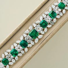 From the forest green of the Amazon to the snow white of the Andes. Eleven Colombian emeralds star in this bracelet spectacular, with over a hundred white diamonds in a supporting role. Emeralds, combined weight 31.15 carats, diamonds, combined weight 41.91 carats.#chatila #chatilajewels #chatilajewellers #colombianemerald
