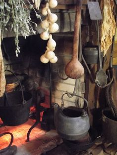 Kitchen Witchery:  A #Kitchen #Witch's primitive hearth.