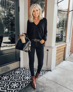 Elegantes business outfit - boldman Why Pensacola Is Great For People On Manual Whee Mode Outfits, Fall Outfits, Casual Outfits, Fashion Outfits, Jean Outfits, Autumn Skinny Jeans Outfits, Skinny Jeans Shoes, Black Skinny Jeans Outfit Night, Brown Boots Outfit Winter
