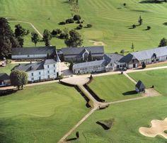 Faire la fête dans un Golf en normandie .