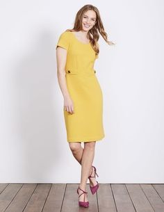 Discover our wide range of dresses for women at Boden, from smart day dresses to partywear. Pineapple Halloween, Latest Fashion Dresses, Summer Outfits, Summer Dresses, Smart Styles, Dress Skirt, Dress Form, Classy Dress, Halloween Costumes
