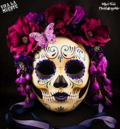 NO LLORE Dio de los Muertos/ Day of the dead hand painted skull mask, classy… Mexico Day Of The Dead, Day Of The Dead Mask, Day Of Dead, Day Of The Dead Party, Sugar Skull Design, Sugar Skull Art, Sugar Skulls, Skull Artwork, Skull Painting