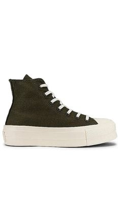 Chuck Taylor All Star Lift Hi Sneaker Converse Click to Shop #affiliatelink Star Silhouette, Converse Chuck Taylor All Star, Casual Street Style, Basketball Players, Comfortable Shoes, Designing Women, Chuck Taylors, Designer Shoes, Shoes Sneakers