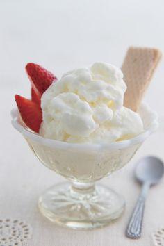 大人気のココナッツオイルでひんやりデザート!「ココナッツヨーグルトジェラート」