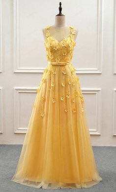 Wedding Dresses Ball Gown, Gorgeous Tulle Jewel Neckline A-Line Prom Dress With Beadings & Handmade Flowers DressilyMe - - Source by A Line Prom Dresses, Grad Dresses, Dance Dresses, Evening Dresses, Formal Dresses, Ball Dresses, Elegant Dresses, Dresses Dresses, Long Dresses