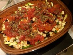 Make good use of the Summer& bounty of fresh vegetables! A few minutes of dicing, then free-time as you cook this in our Romertopf in your oven. You& going t Ratatouille, Claypot Recipes, Slow Cooker Recipes, Cooking Recipes, Baker Recipes, Keto Recipes, Fresh Tomato Recipes, Bean Pot, Fire Cooking