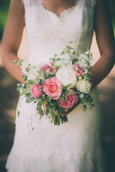 Pink and white bouquet with garden roses, peonies and stock for a rustic, countr. Chic Wedding, Wedding Day, Church Wedding Flowers, Informal Weddings, Countryside Wedding, Wedding Flower Inspiration, Bride Bouquets, Wedding Designs, Marie