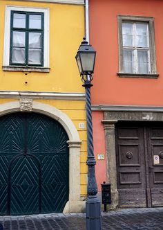 Do you know where the most beautiful colorful street in Budapest is? Click  on the picture ;) Budget Travel, Travel Tips, You Know Where, Budapest, Most Beautiful, Colorful, Street, Travel Advice, Travel Hacks