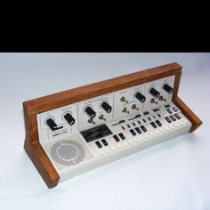 Professionally circuit bent CASIO vl-tone. Only one ever built.