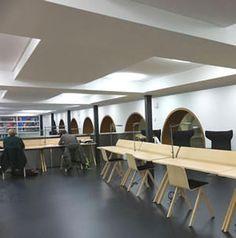 More workstations in the Bibliothek Erdwissenschaften.