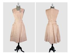 1940's Peach Linen Hospital Volunteer Nurses Arpon Smock / Shell Buttons / Full Apron