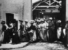 Premier film des frères Lumière. 19 mars 1895.