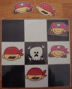 Plastificando ilusiones: Un tres en raya muy pirata Pirate Activities, Pirate Crafts, Crafts For Kids, Arts And Crafts, Classroom Games, Party Decoration, Pirate Life, Ocean Themes, Pirate Theme