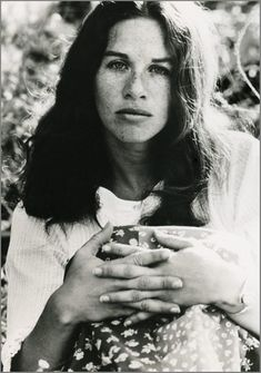 Carole King 1970. Photo by Guy Webster @Carole King my all time favorite picture!