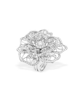 Chopard floral ring with diamonds set in 18-karat white gold.