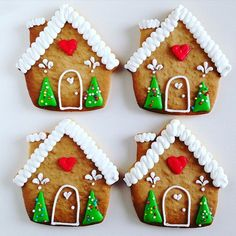 Casinhas com neve no telhado! ❄️❄️❄️ estou me divertindo com tantos biscoitos de…