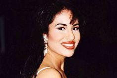 Exclusiva: Conoce la mansión que Selena Quintanilla nunca pudo habitar