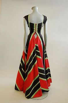 1953 Madame Grès Silk Bold Stripe Gown (back view)