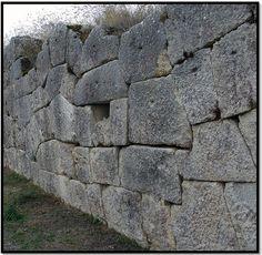 Hidden Italy: The Forbidden Cyclopean Ruins (Of Giants From Atlantis?) | Alternative