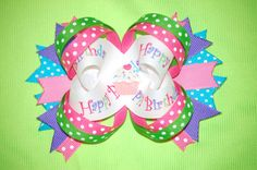 Hey, I found this really awesome Etsy listing at https://www.etsy.com/listing/93189984/birthday-bow-with-cupcake-center-happy