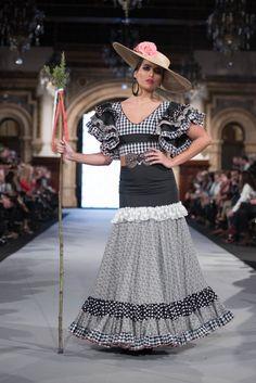 09c0c69a8 Las 163 mejores imágenes de falda flamenca en 2018 | Trajes de ...