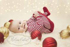 Melissa Calise Photography (Holiday Photoshoot Mini Session Ideas Christmas Lights Ornaments)