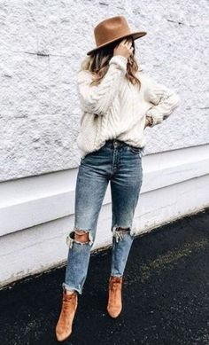 Fall and Winter Outfits Inspiration Casual Fall Fashion Trends & Outfits 2018 fall outfits for college/ back to school outfits/ off to college/ fall outfits/date night outfits Fall Fashion Outfits, Fall Fashion Trends, Fall Winter Outfits, Trendy Fashion, Boho Fashion, Winter Fashion, Fashion Clothes, Style Fashion, Fashion Styles