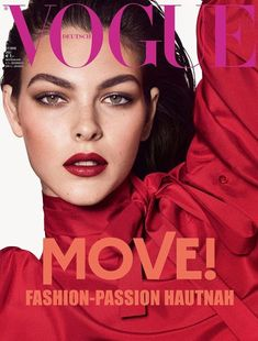 Vogue Germany enlists top models Fran Summers, Mayowa Nicholas, and Vittoria Ceretti for the covers of their July 2018 edition lensed by fashion photography duo Luigi and Iango. In charge of styling were Patrick Mackie and Tom Van Dorpe. Vogue Magazine Covers, Fashion Magazine Cover, Fashion Cover, V Magazine, Vogue Covers, Magazine Collage, Vogue Editorial, Editorial Fashion, Grace Elizabeth