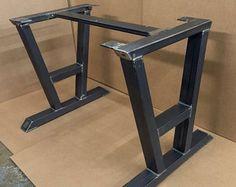 Diseño mesa de comedor patas piernas por MetalAndWoodDesign en Etsy