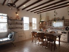 憧れのフランスの田舎の家のようなフレンチカントリーホームがすてきです。フレンチカントリーホームの魅力に迫ります。
