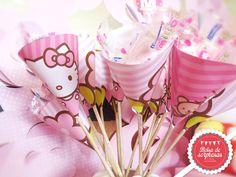 Conos para dulces Hello Kitty, Cake, Desserts, Sweet Treats, Party, Pie Cake, Cakes, Deserts, Dessert
