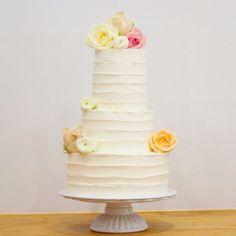 La tarta de boda de S&R , bizcocho de chocolate a la taza , ganache de chocolate y confitura de melocotón #platitosdeazucar #cake #cakedesigner #wedding #weddings #wedding2015 #weddingcake #weddingideas  #weddingplanner #tarta #tartaboda #tartasinfondant #pastel  #pastelboda #weddingbarcelona #bodabarcelona