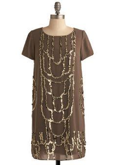 Shop Vintage-Inspired Prom Dresses