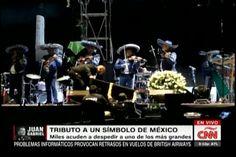 Miles acuden al tributo de Juan Gabriel un símbolo de Mexico