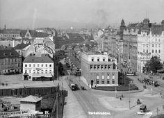 Vienna 1925 - Naschmarkt beim Wienzeile Straße Roaring Twenties, The Twenties, Vienna Austria, Wall Street, Dahlia, Old World, Old Photos, American History, 1920s