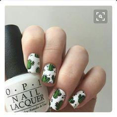 Uñas Cactus. Verde blanco