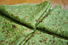 Spinach wraps with no flour Healthy Cooking, Healthy Eating, Cooking Recipes, Healthy Recepies, Healthy Snacks, Veggie Recipes, Vegetarian Recipes, Spinach Tortilla, Valeur Nutritive