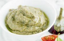 Secretul celei mai bune salate de icre, dezvăluit de bucătari. Cum se prepară pufoasă şi fără să se taie | adevarul.ro