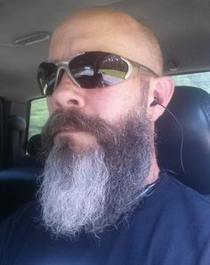 Visit Ratemybeard.se and check out @monkeyrage916 - http://ratemybeard.se/monkeyrage916/ - support #heartbeard - Don't forget to vote, comment and please share this with your friends.