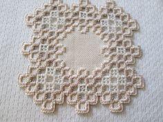 Bilderesultat for white on white norwegian embroidery