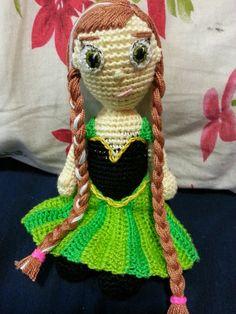 Teia de Carinhos: Boneca Anna - Frozen