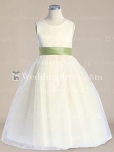 Cute, demure or simple. Find the best flower girl dress for your shape. Best prices guaranteed!