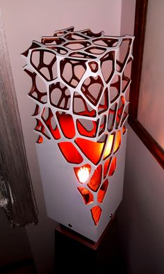 When searching for a lamp for your house, the number of choices are almost unlimited. Get the most suitable living room lamp, bed room lamp, desk lamp or any other type for your specific area. Cool Lighting, Lighting Design, Plafond Design, Bright Homes, Steel Art, Wooden Lamp, Unique Lamps, Bedroom Lamps, Light Project