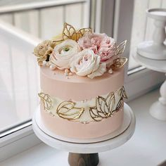 Beautiful Birthday Cakes, Gorgeous Cakes, Pretty Cakes, Cute Cakes, Wedding Cake Designs, Wedding Cakes, Cakes For Women, Cute Desserts, Cake Decorating Techniques