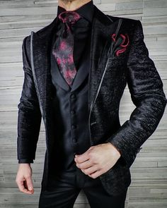 Check out our latest Jade Silk Copia look. A teaser of one of our latest neckwear pieces. There's only two of these jackets left before… Large Men Fashion, Mens Fashion Wear, Suit Fashion, Fashion Outfits, Blazer Outfits Men, Dressy Outfits, Cool Outfits, Wedding Dresses Men Indian, Wedding Suits