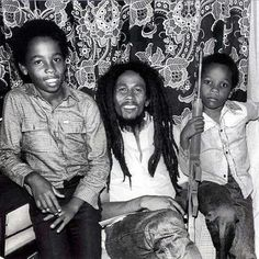 Ziggy and Stephen in Zimbabwe with their father #reggae