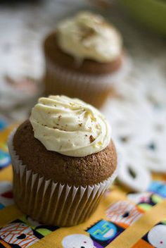 http://thestir.cafemom.com/food_party/125724/pumpkin_cupcakes_with_cinnamon_cream